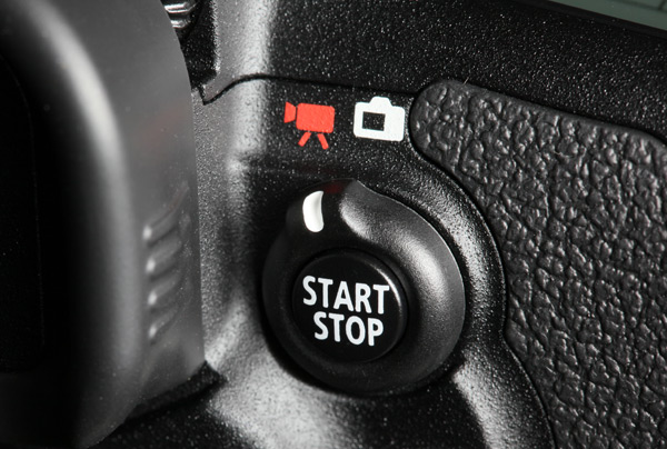 Canon 7D; Video knop