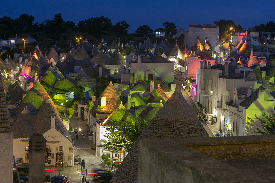 Alberobello at night