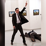 Moordfoto Russische ambassadeur wint World Press Photo 2016